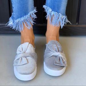 Ash Gray Suede Oversized Bow Sneaker Chic Mule